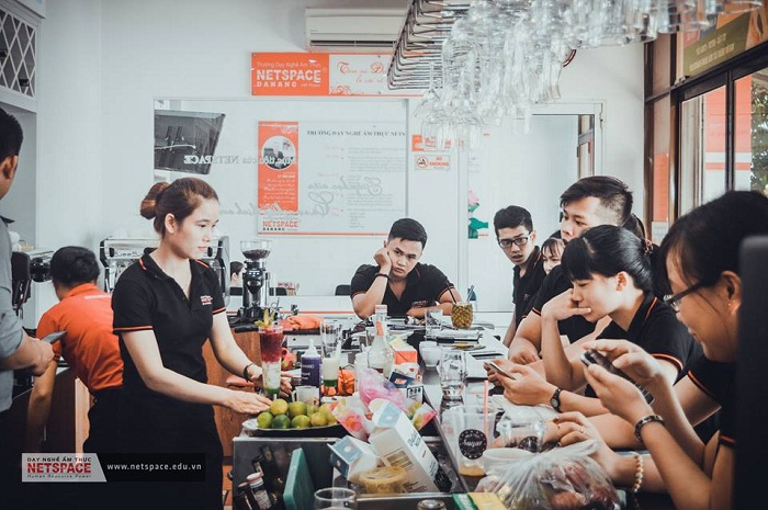 Pha chế cafe BARISTA