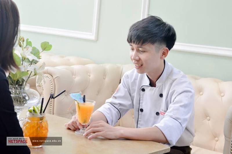 Lê Hoàng Giang- Học viên Bếp Quốc Tế làm việc tại Nhà hàng Pavilion The Garden Cafe