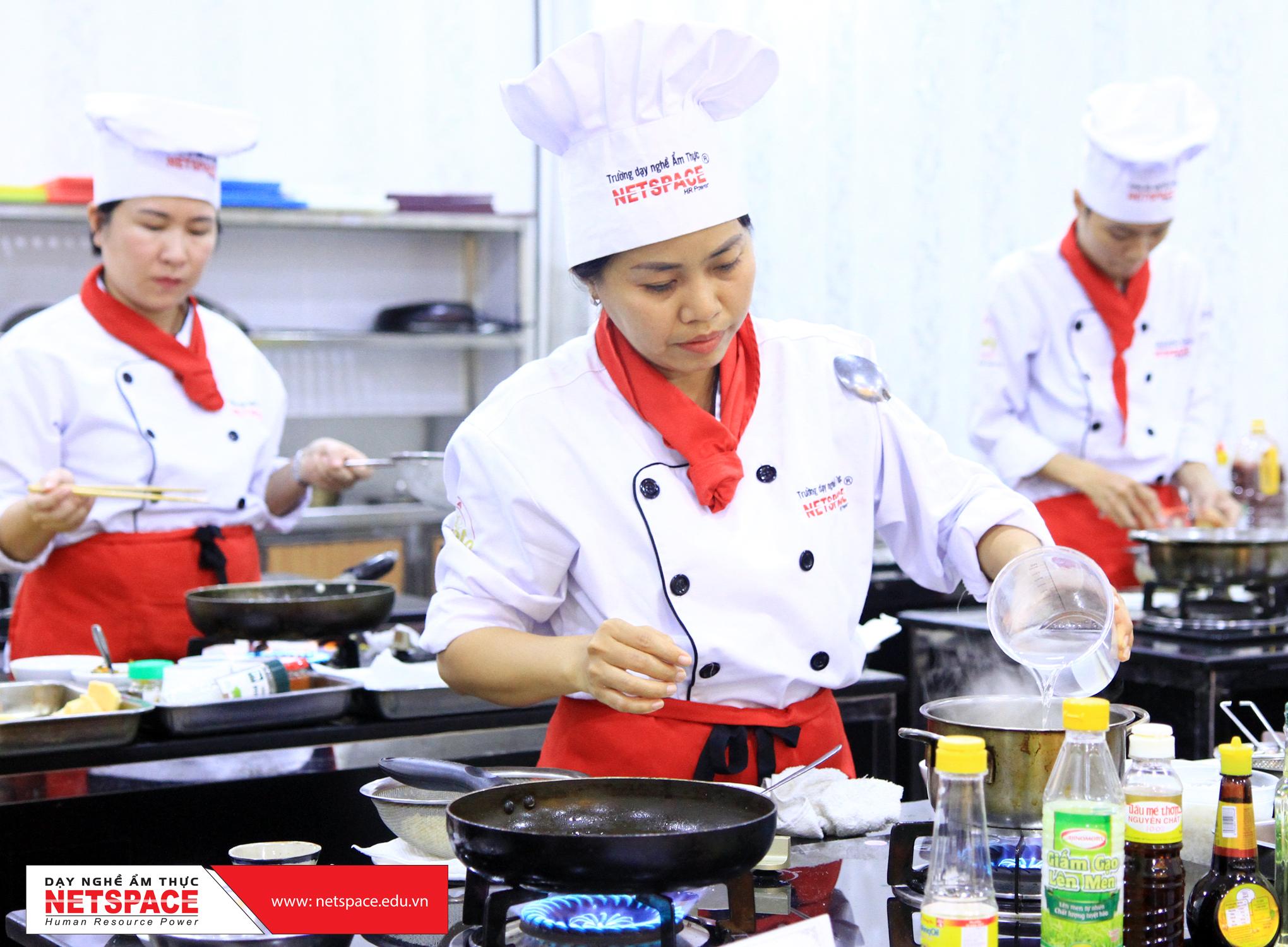hoc bep chay 00 4 | Ănchay.vn : Ăn Chay, Công Thức Nấu Món Chay & Địa Điểm Ăn Chay