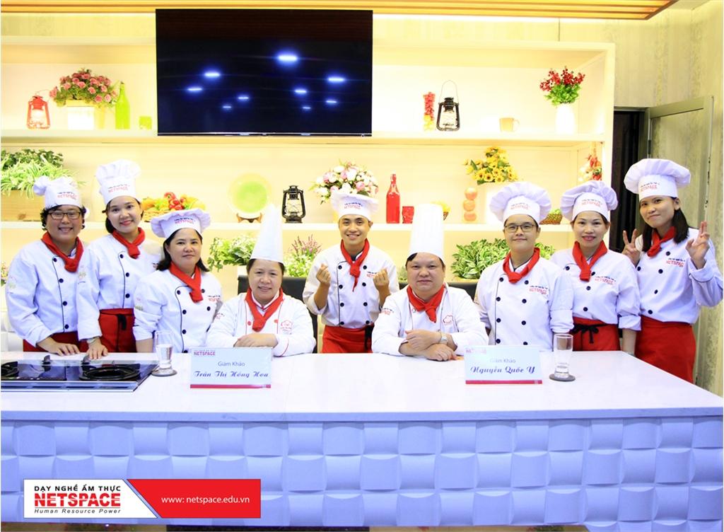 Bạn sẽ được những Giảng viên hàng đầu truyền dạy kinh nghiệm và hướng dẫn tay nghề nấu món Chay ngon...
